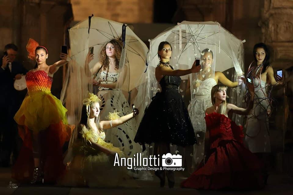 2019 Party del Sorriso villa domi, Napoli Sfilata di moda delle modelle di Maria Mauro Academy
